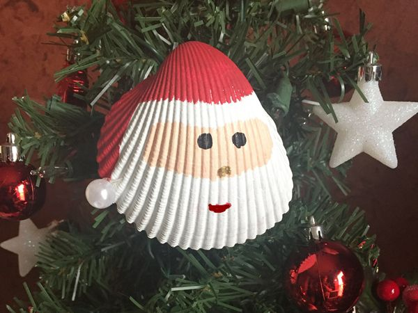 Santa Claus Shell Christmas Ornament - Easy Seashell Crafts for Kids