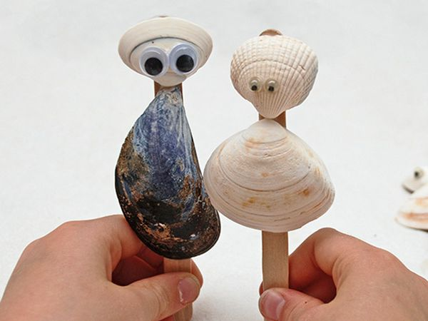 Seashell Puppets - Easy Seashell Crafts for Kids