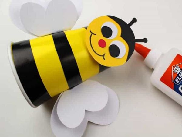 Preschool Bumble Bee Craft - Easy Paper Crafts for Kids