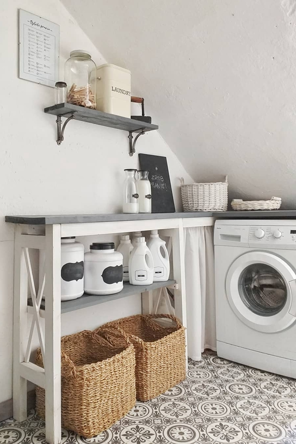 Clever Laundry Room Shelving Ideas fo Small Space