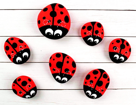 Lady Bug Rock Art - Easy Popsicle Crafts for Kids