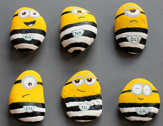 Minions in Jail - Easy Popsicle Crafts for Kids