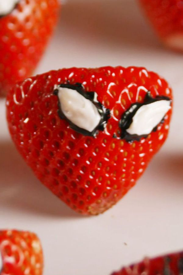 Spiderman Strawberries - Snack Recipes for Kids