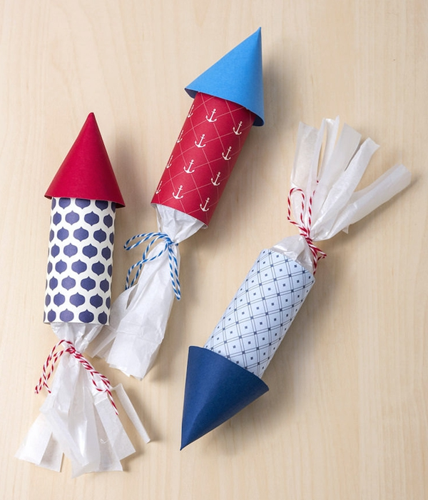 4th of July Party Favors - Toilet Paper Roll Crafts