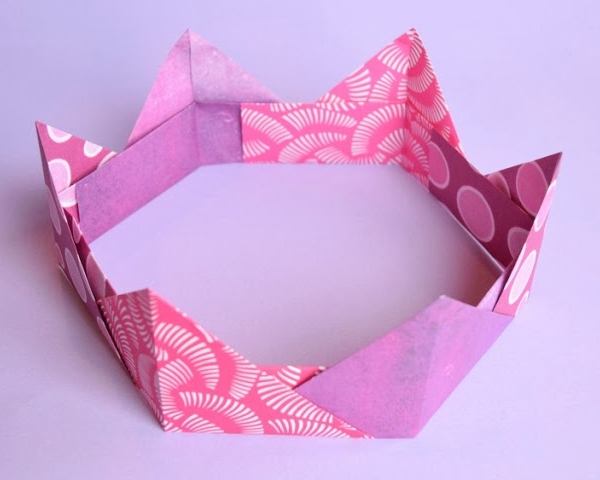 Origami Crown Craft - Toilet Paper Roll Crafts