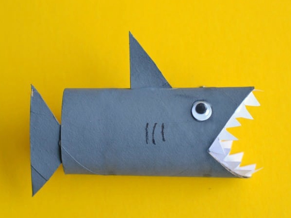 Shark Toilet Paper Roll Craft - Toilet Paper Roll Crafts